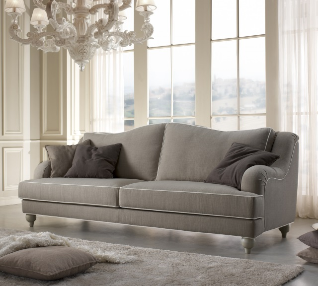 Collezioni divani, poltrone e complementi d\'arredo